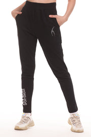 Women Cuffless Jogger Pants