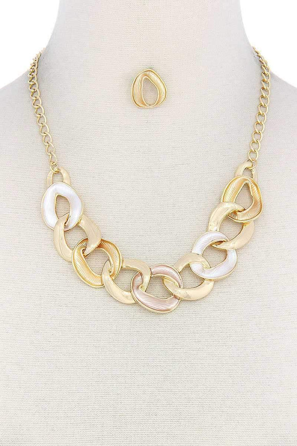 Jewelry Gold Circle Link Necklace- Gold/Rose Gold/Multi