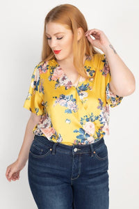 Plus Size Floral Print Front Warp Bodysuit- Yellow/Ivory