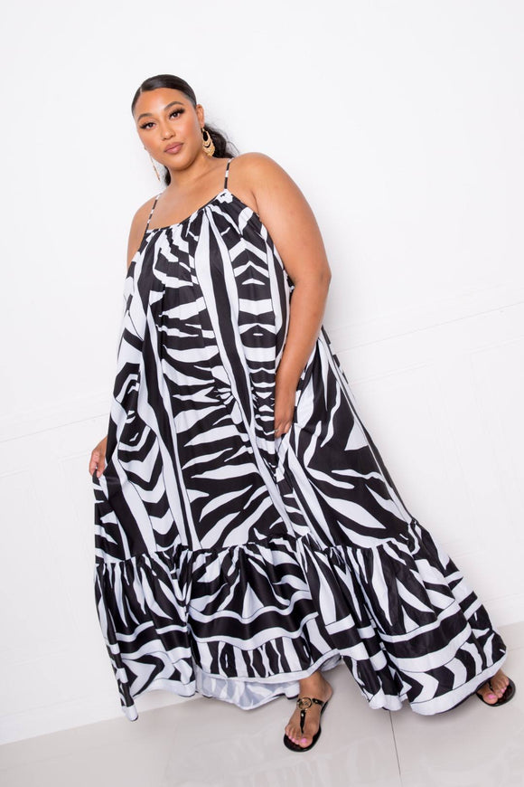 One Size Fits Most (Plus Size) Printed Voluminous Maxi Dress