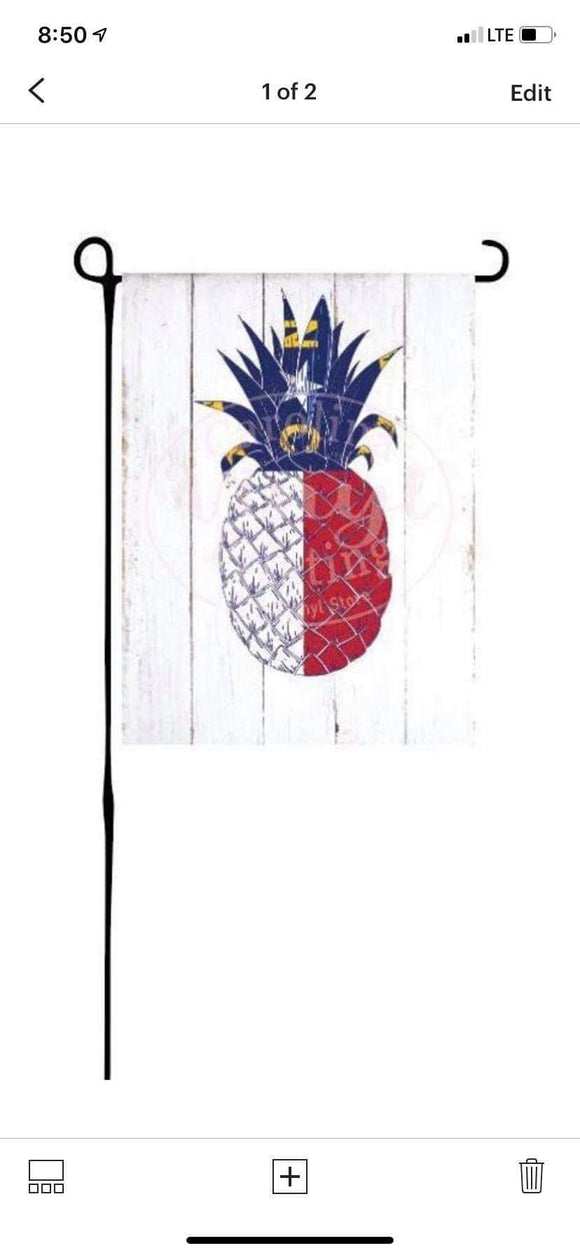 NC Pineapple Garden Flag