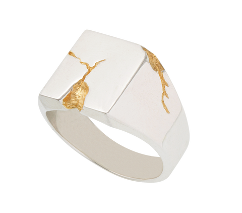 cracked gold signet ring