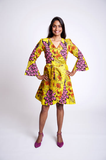 [SOLD OUT] Ioana Hourglass, Saffron Peacock Wax