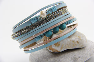 Multi-stand beach bracelet with leather, turquoise beans and a pearl - Ben's Beach