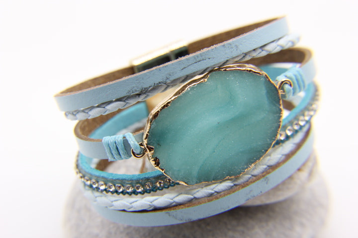 Trapani - beach style bracelet with leather and turquoise quartz
