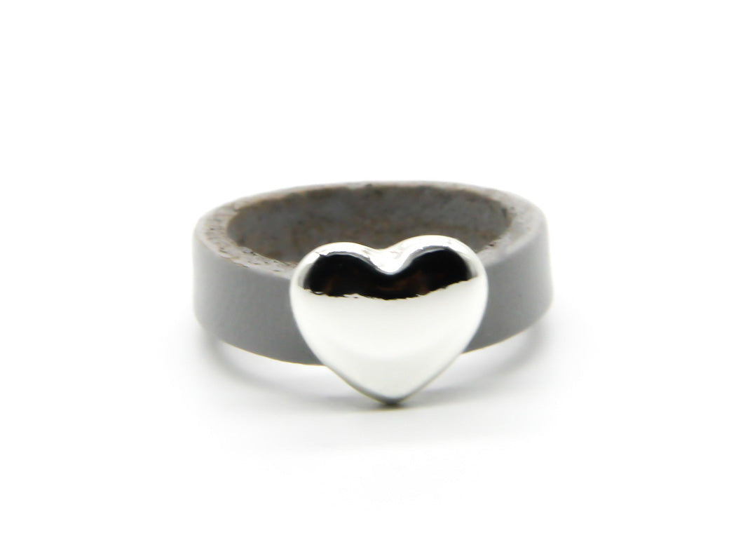 Leather Ring | Silver Heart Pendant | Ben's Beach