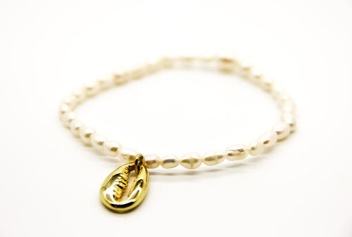 Pearl Bracelet with Gilded Cowrie Shell Pendant | Ben's Beach Jewellery