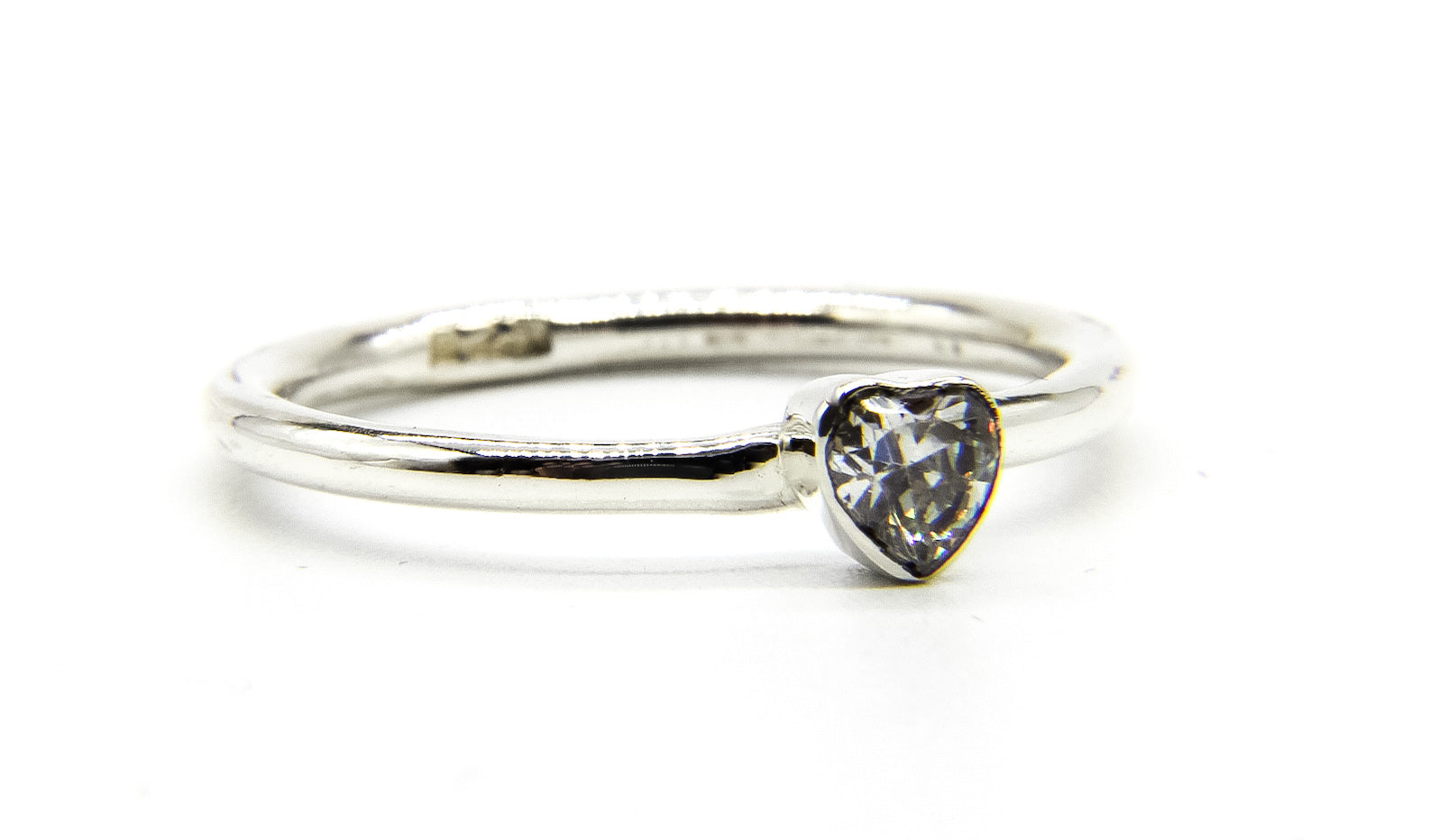 925 Sterling Silver Stacking Ring with Heart Shaped CZ Crystal - Ben's Beach Jewellery