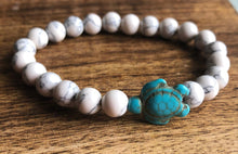 Load image into Gallery viewer, White Stone Turtle Bracelet | Ben's Beach
