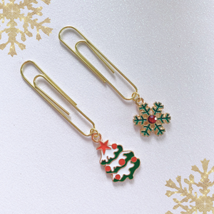 DANGLES: Traditional Holidaze