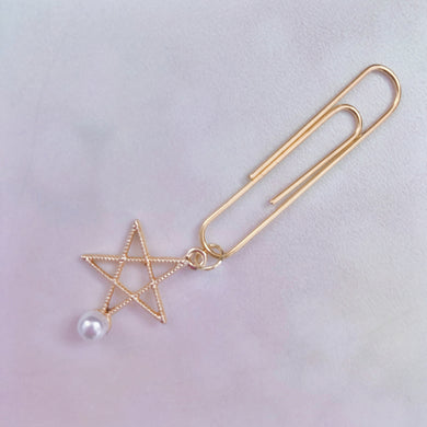 DANGLES: Gold Star Pearl