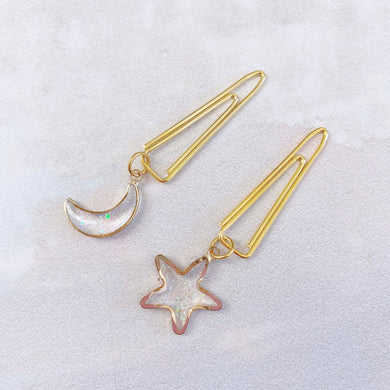 DANGLES: V Clip Sparkle Moon & Star