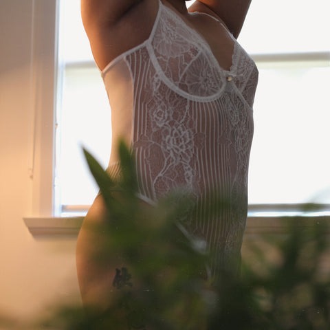 Hollywood Hills Bodysuit in White