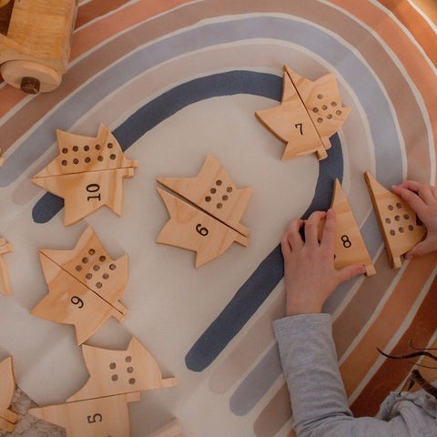 Wooden Leaves Number Matching Pairs