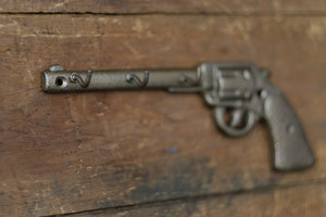 Key Hooks Pistol Aged Brass Revolver Man Cave Decor Cast Iron Wild West Revolver Old Gun Stocking Stuffer Gift for Dad Rustic Glam