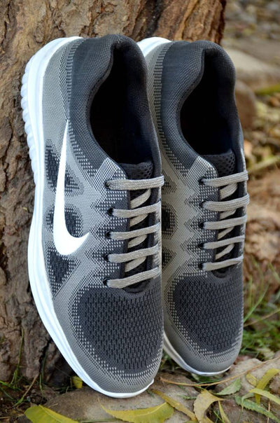 Men's Grey Self Design Synthetic Sports Shoes