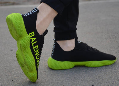 Men's Stylish Black Green Ultra Lite Sports Sneaker