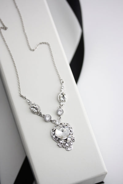Estella Pendant Wedding Necklace - Lulu Splendor