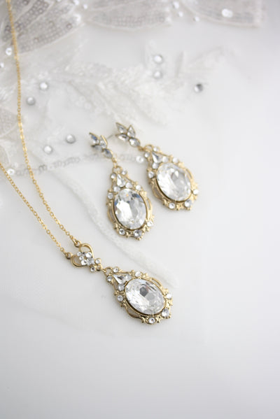 Ryan Earrings and Necklace SET