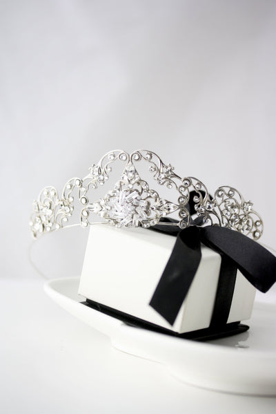 Sonnet Silver Wedding Tiarra