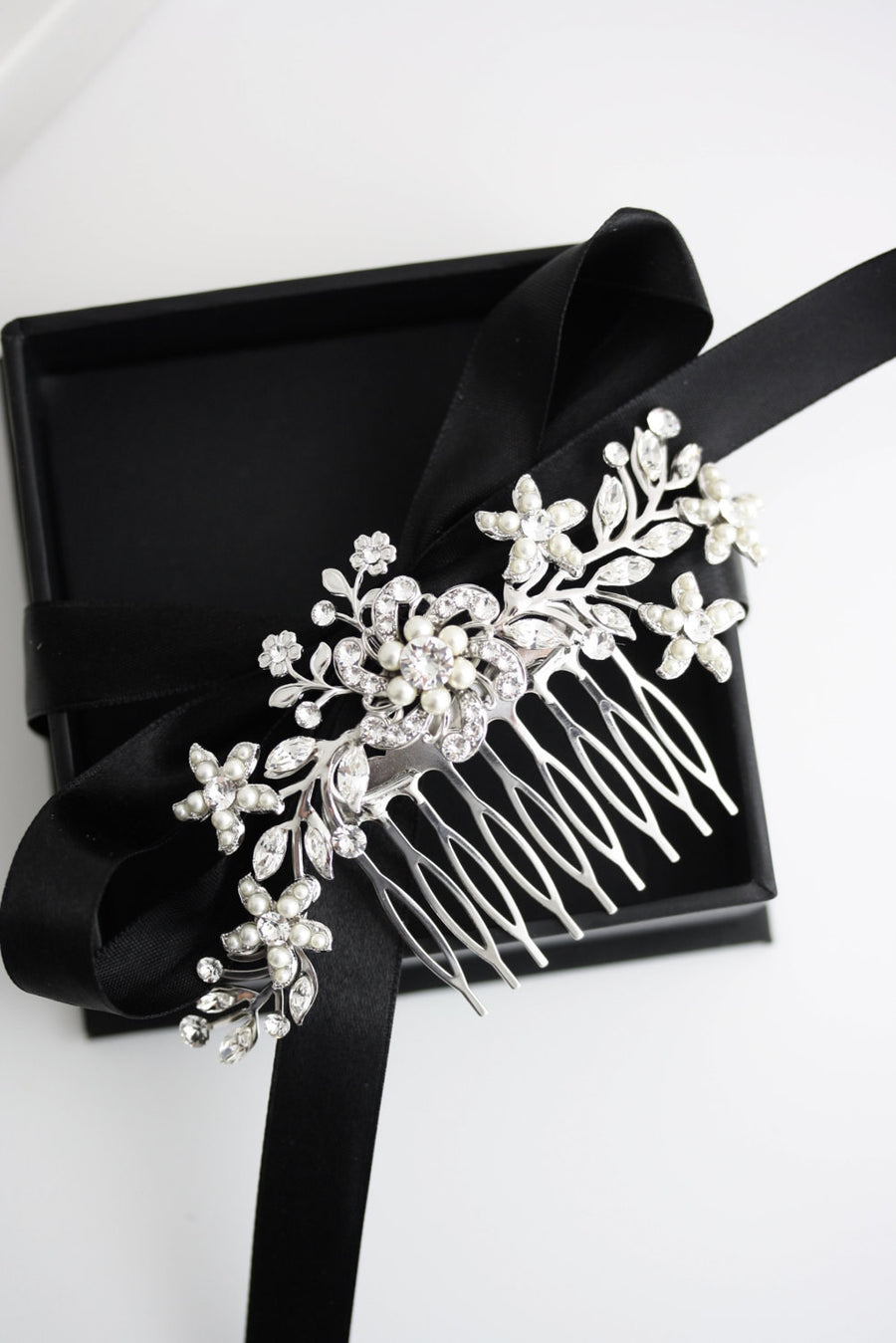Sabine 2 Silver Wedding Comb