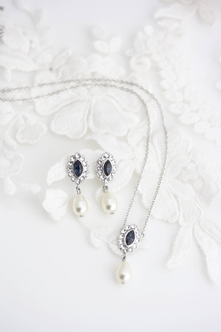 Mae Wedding Pendant Set - Lulu Splendor