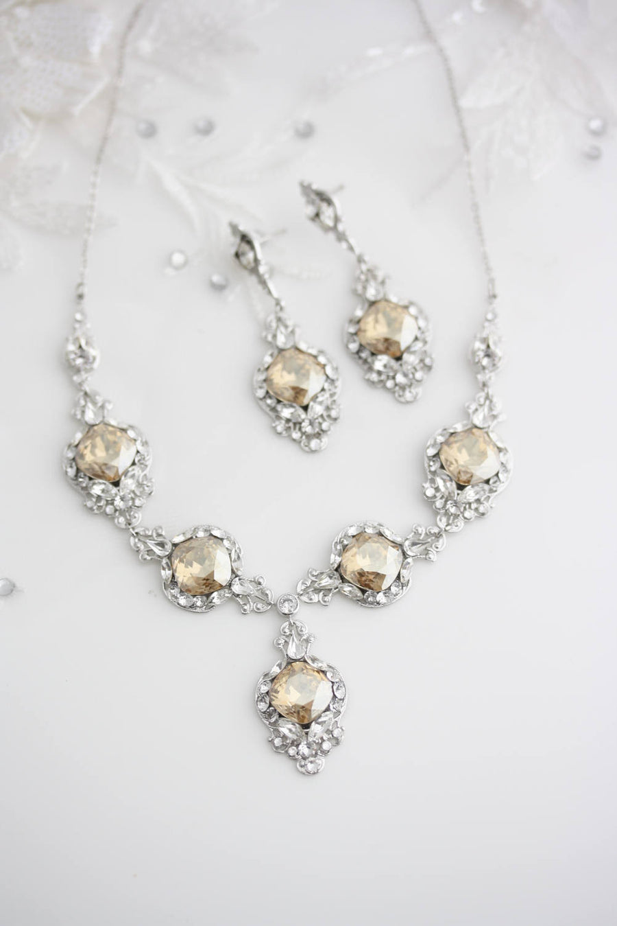 Estella Statement Bridal Necklace - Lulu Splendor