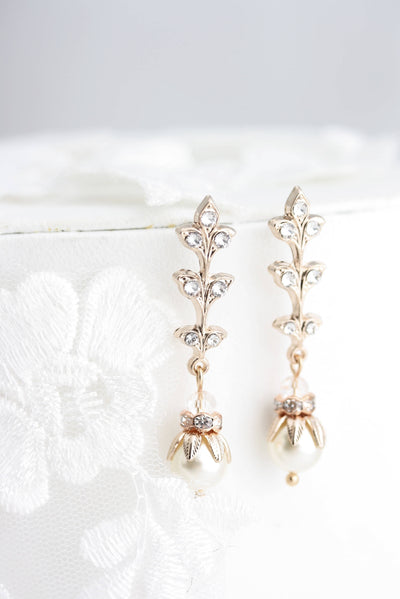 Neve Gold Pearl Bridal Earrings - Lulu Splendor