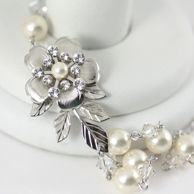 Lisse Delicate Silver Pearl Wedding Necklace - Lulu Splendor