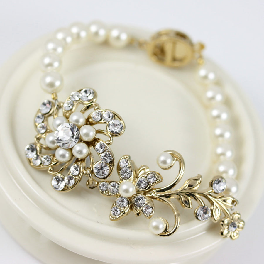 Sabine Crystal Flower Wedding Bracelet