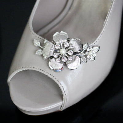 Lisse Silver Wedding Shoe Clips - Lulu Splendor