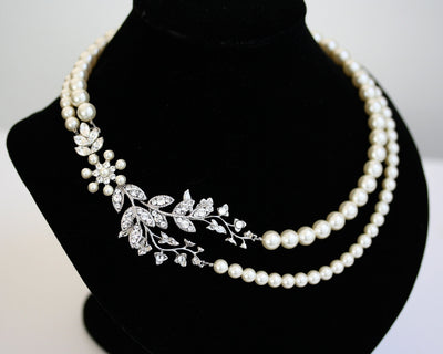 Neve Crystal Pearl Bridal Necklace - Lulu Splendor