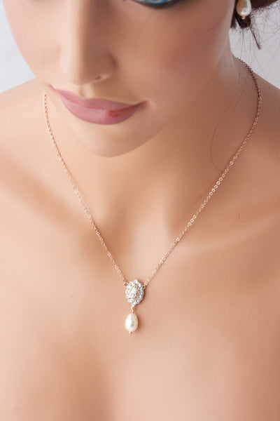 Mae Simple Wedding Pendant Necklace - Lulu Splendor