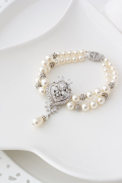 Evie Crystal Pearl Wedding Braclet - Lulu Splendor