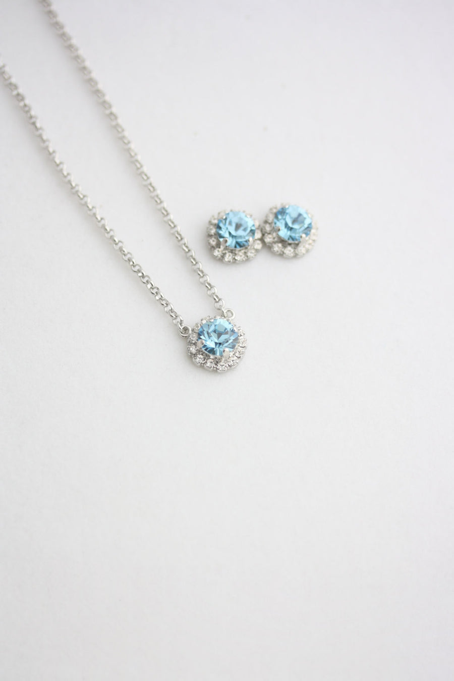 Z15 Halo Aquamarine Bridal Studs And Necklace