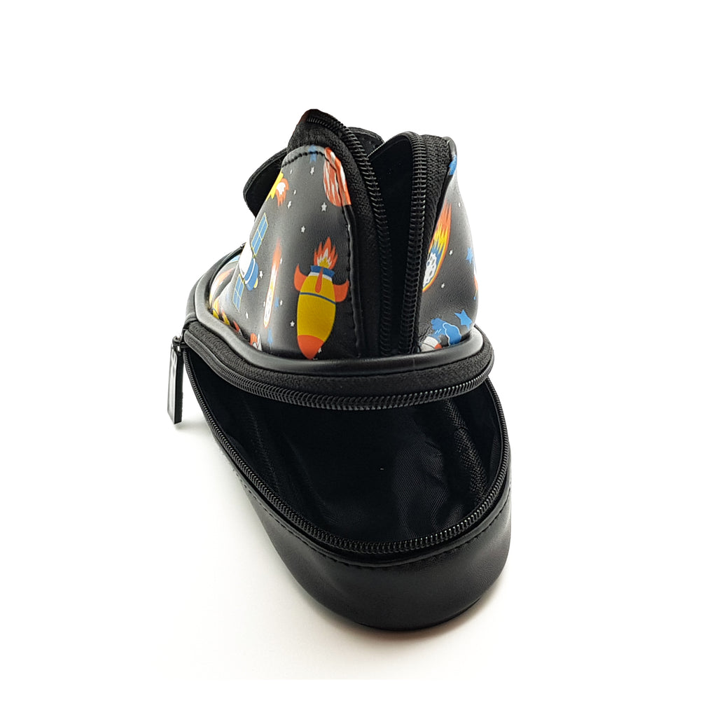 Shoe Shape Space Pouch