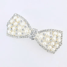 Load image into Gallery viewer, Ribbon Jewel Pearl Hair Clip