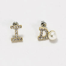 Load image into Gallery viewer, ESN034-I Do Letter Earrings