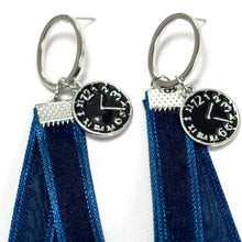 Load image into Gallery viewer, ESN033-Clock and Ribbon Earrings