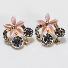 Load image into Gallery viewer, ESN036-Pink Flower Earrings