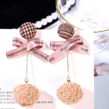 Load image into Gallery viewer, ESN028-Pink Pom Pom Earrings