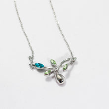 Load image into Gallery viewer, Jewel Leaf Necklace