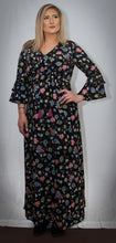 Load image into Gallery viewer, Flower Power Maxi Dress
