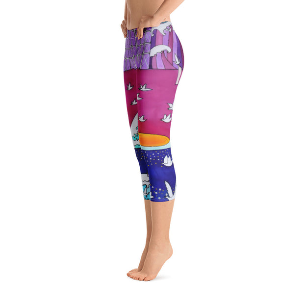 Vivid and bold leggings - colorful and striking summer clothes by Somejam - Pentecostal roller coaster - Capri Legging