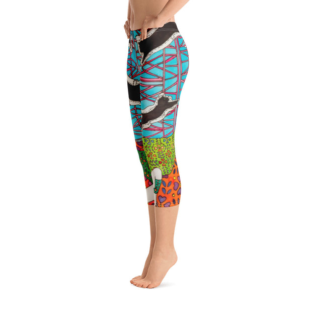 Vivid and bold leggings - colorful and striking summer clothes by Somejam - She builds scaffolding in front of nothing - Capri Legging