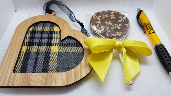 Letterbox Gift - Beatson Tartan Heart Keepsake, Beatson chocolate lollipop, Beatson pen