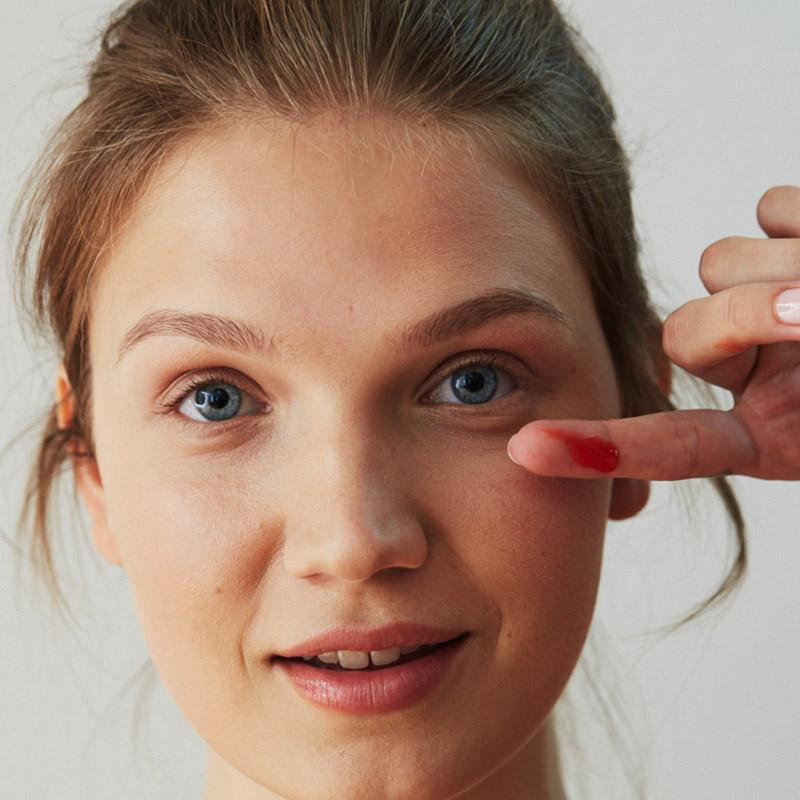Photo of Model with Icelandic Youth Serum on