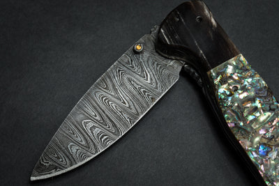 #1 Abalone and Streaked Buffalo Large Linerlock