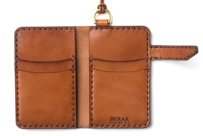 Vertical Closure Wallet