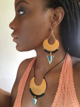 Load image into Gallery viewer, Ayaba Earrings